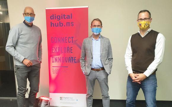 Vorstand Matthias Günnewig, Aufsichtsratsvorsitzender Dr. Frank Wallow, Sebastian van Deel